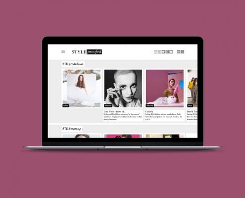 Bergsee, blau – Webdesign Styleproofed
